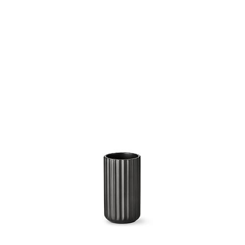 2012-lyngby-vasen-12-cm-mat-sort-porcelaen-500x500