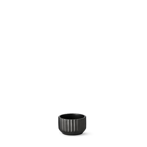 20085-lyngby-skaalen-8.5-cm-mat-sort-porcelaen-500x500