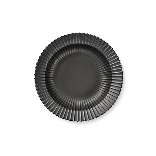 221-lyngby-dyb-tallerken-21-cm-mat-sort-porcelaen-500x500