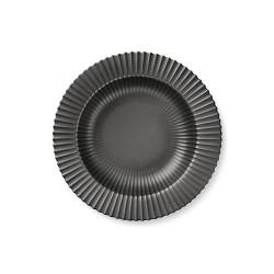 223-lyngby-dyb-tallerken-23-cm-mat-sort-porcelaen-500x500